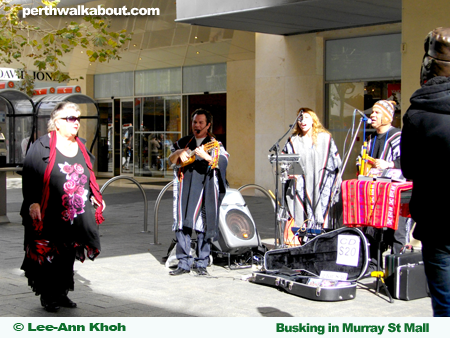 busking-murray-street-mall-2